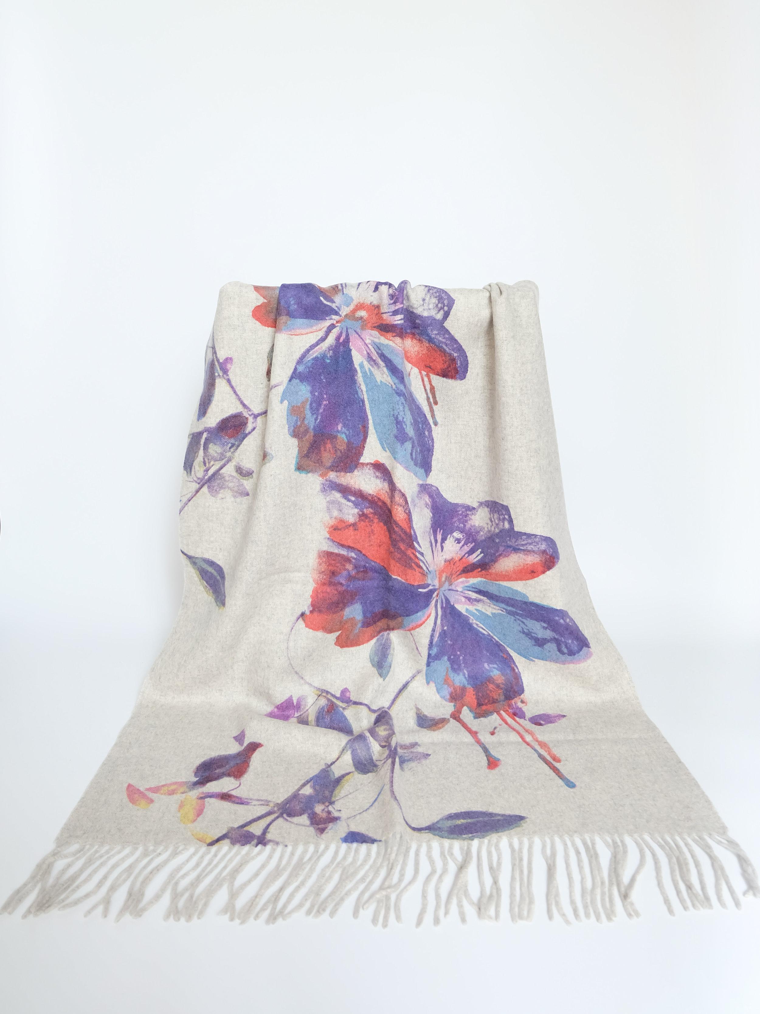 Liquid Blossom (White) - 65x180cm