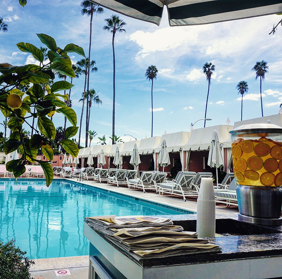 Source:  Lisa Raciti // Poolside at The Beverly Hills Hotel
