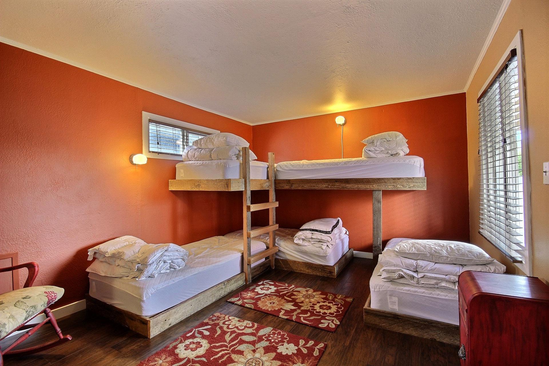 Camp 1 - Hostel Room - 5 Bunks