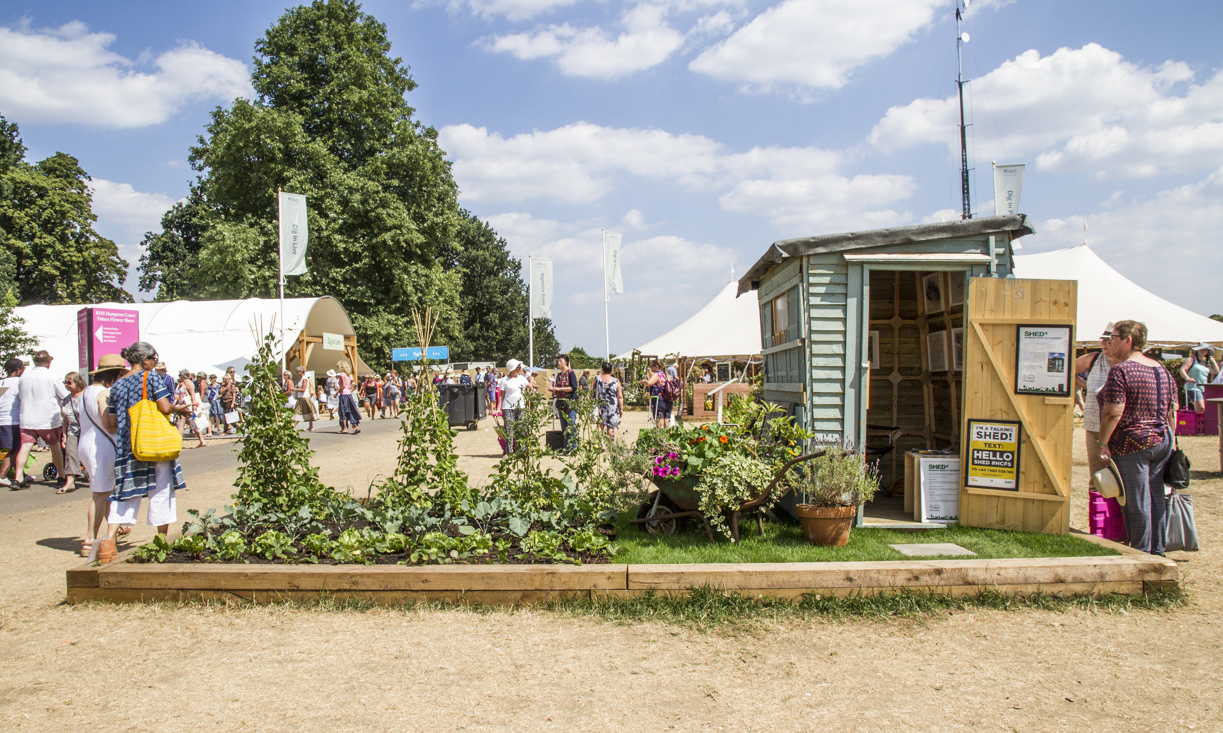 heritage shed in Hampton court.jpg