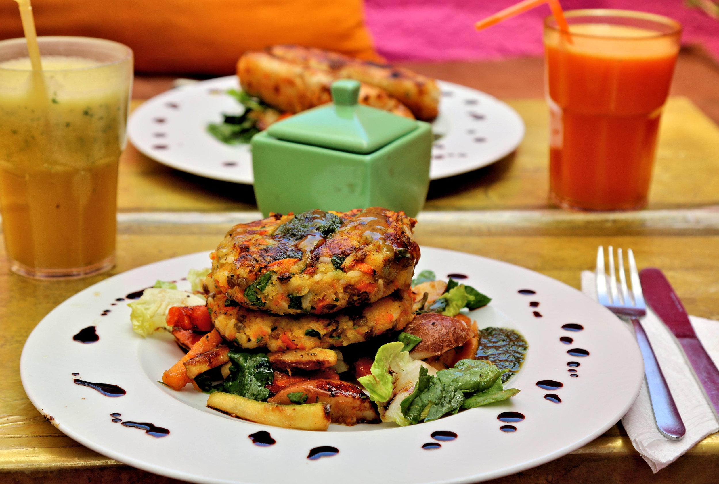 earth cafe vegan food marrakech