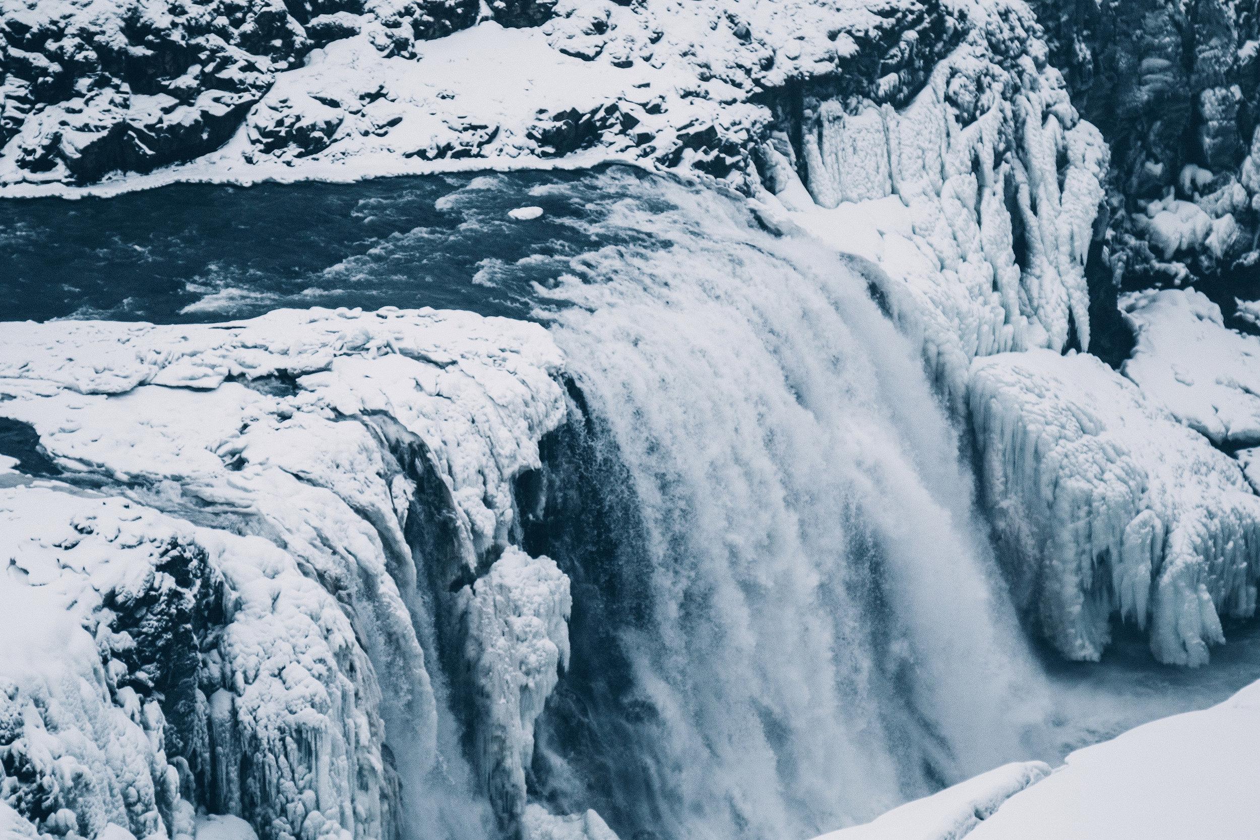 iceland gulfoss waterfall