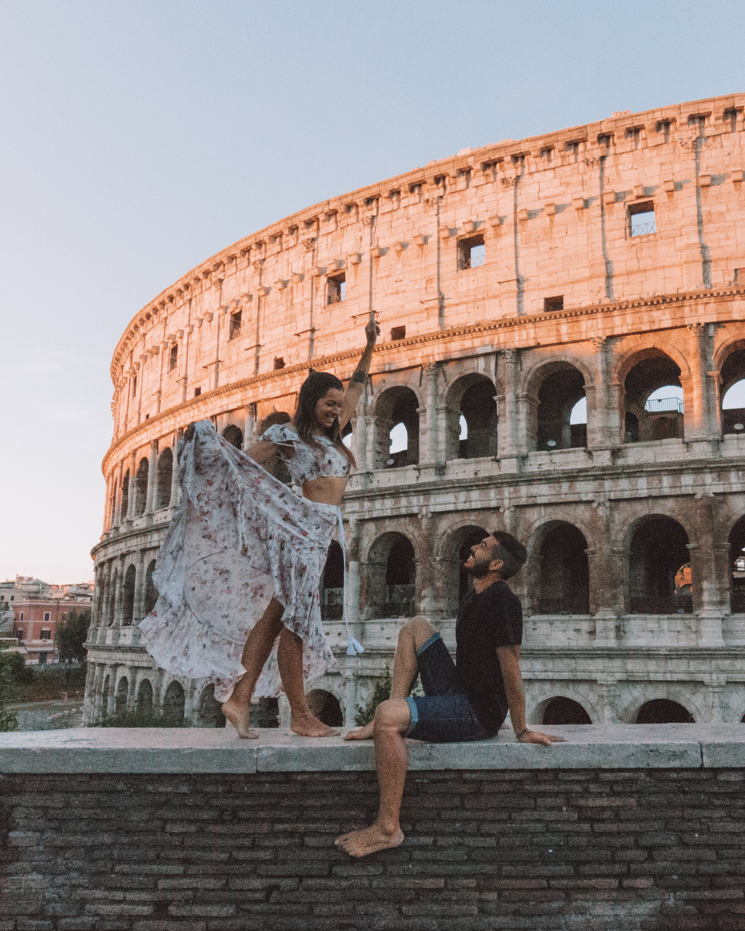 colosseo rome italy freeoversea travel couple world europe best places amazing buildings culture history photography