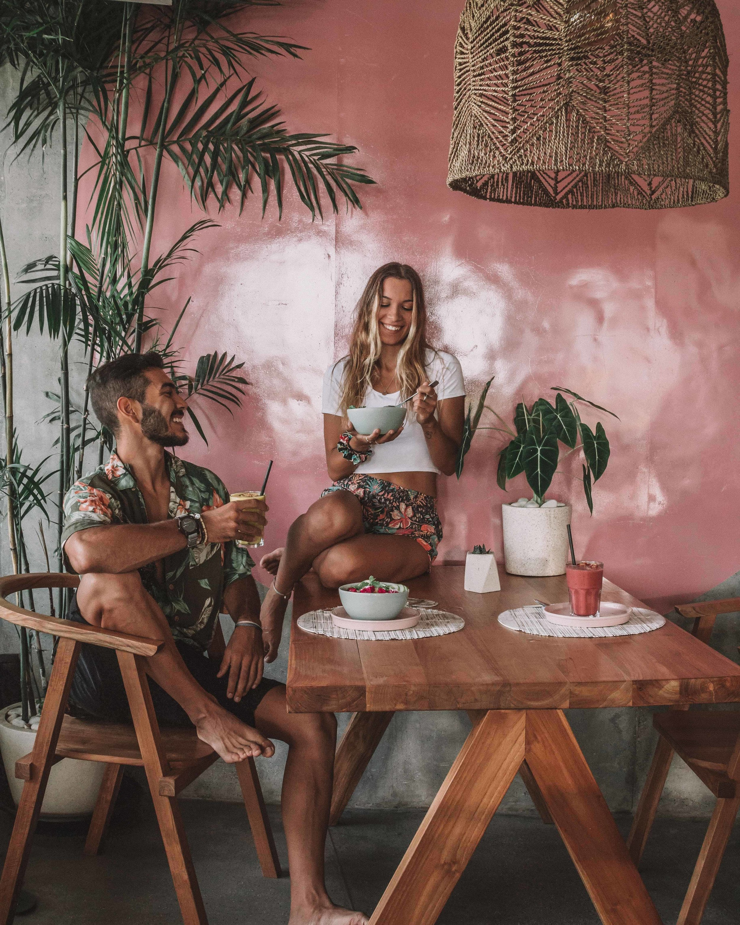 missibu bali breakfast lunch dinner best places canggu bali photography freeoversea couple lifestyle smoothies