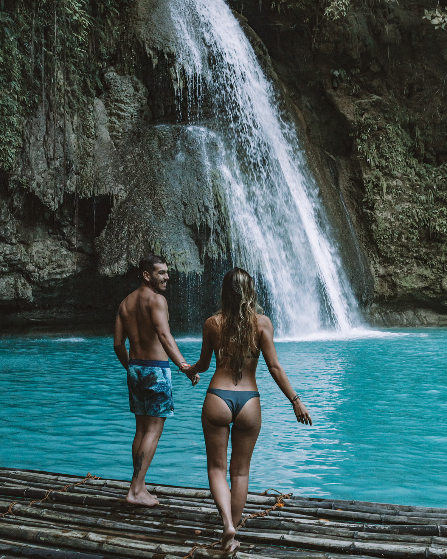 cebu waterfall guide cebu philippines couple kawasan falls asia travel guide