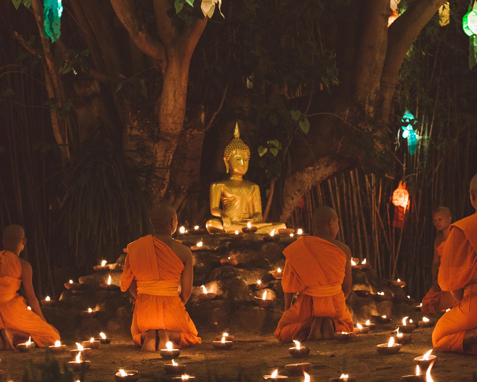buddhism thailand lantern festival chiang mai all you need to know guide travel experience people culture tradition asia