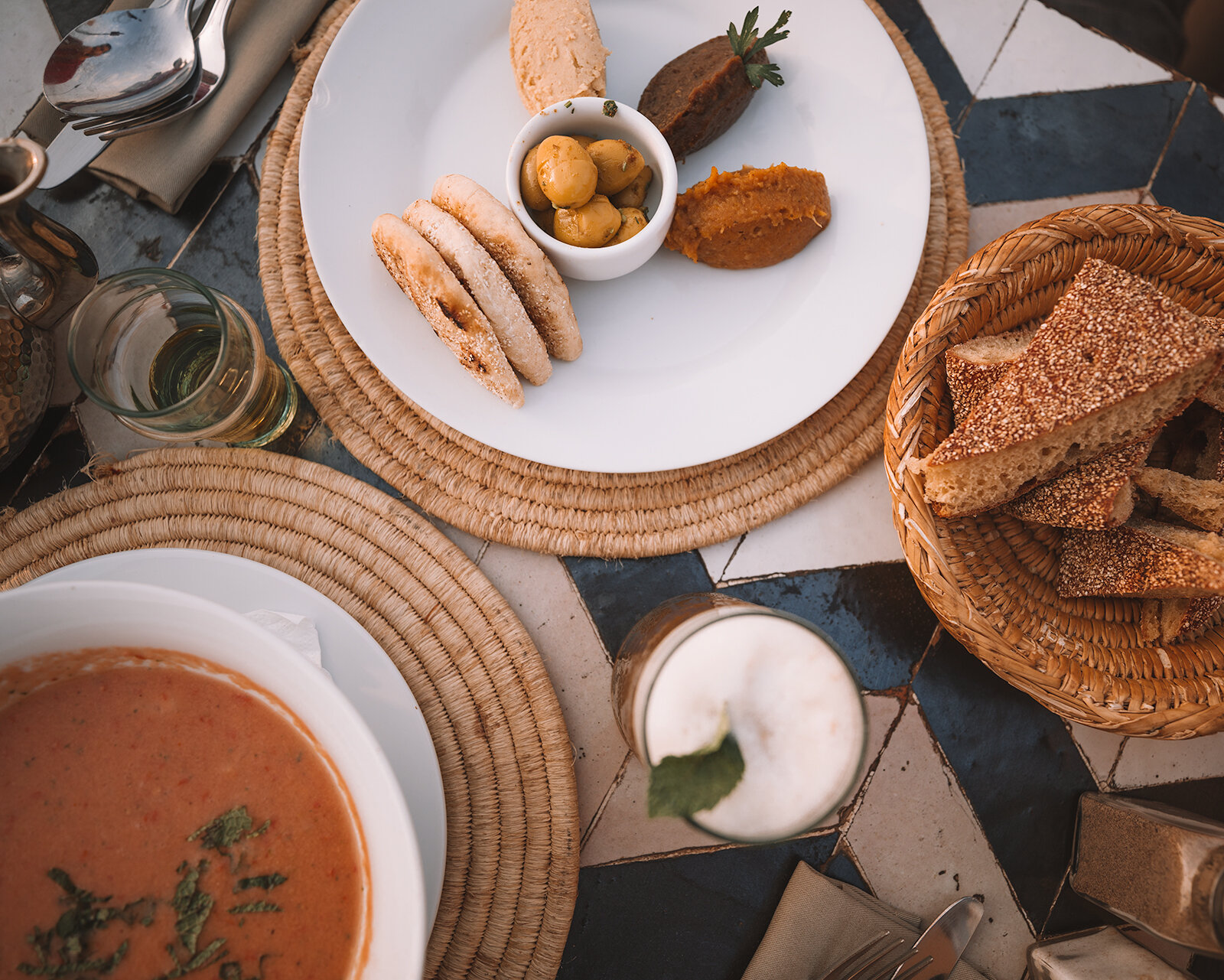 marrakech essential travel guide best places to eat vegan food