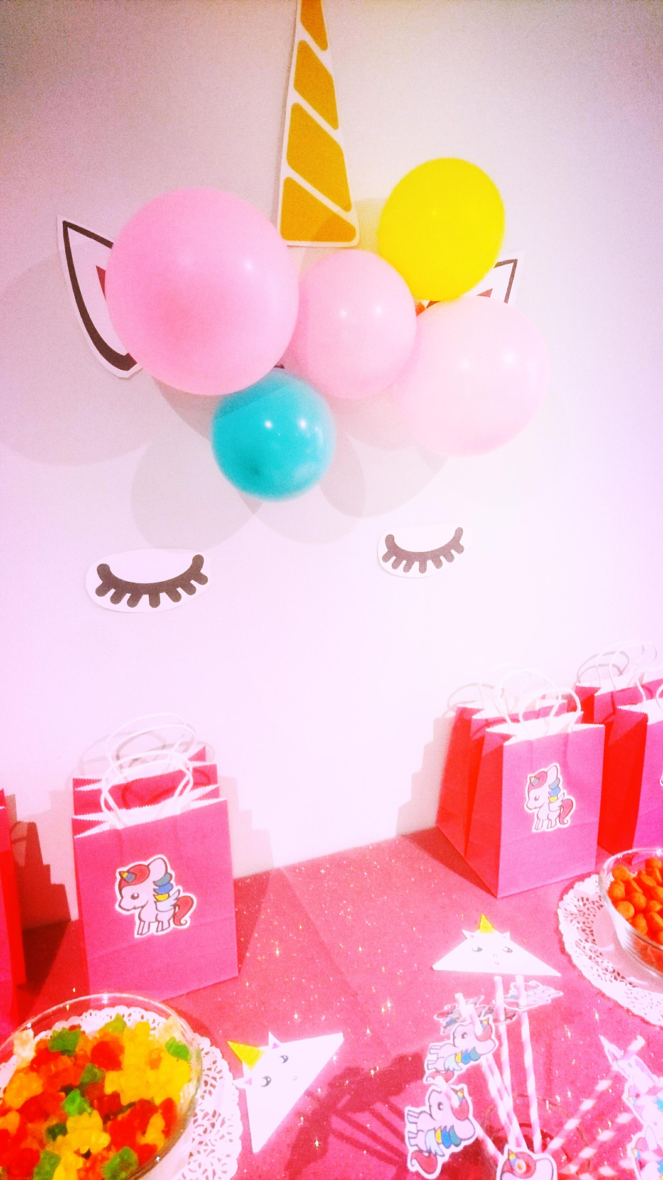 Un anniversaire licorne au Tout Petit Café