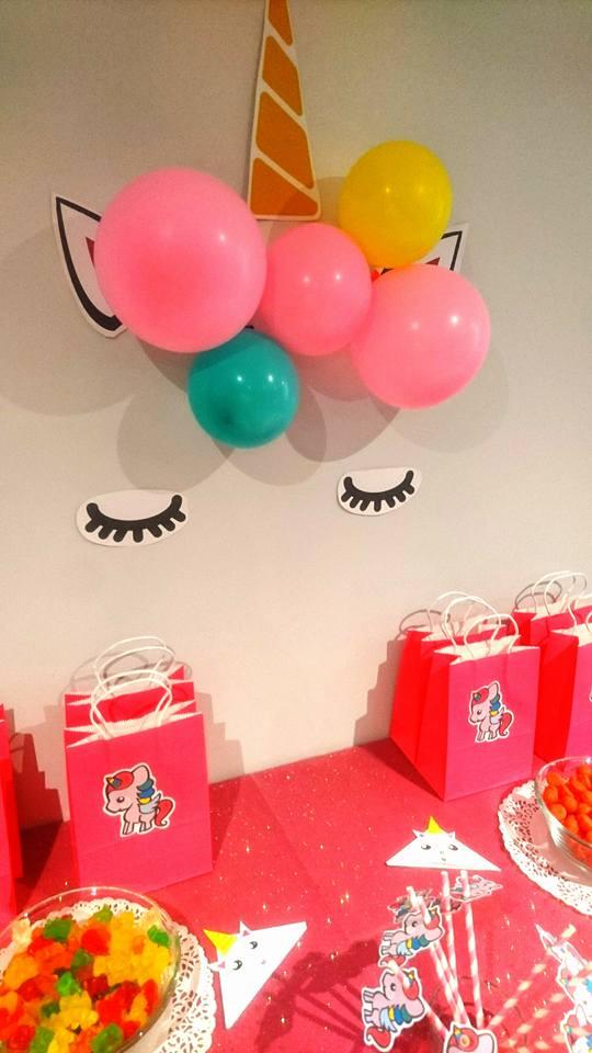 """décoration d'un anniversaire """"licorne"""""""