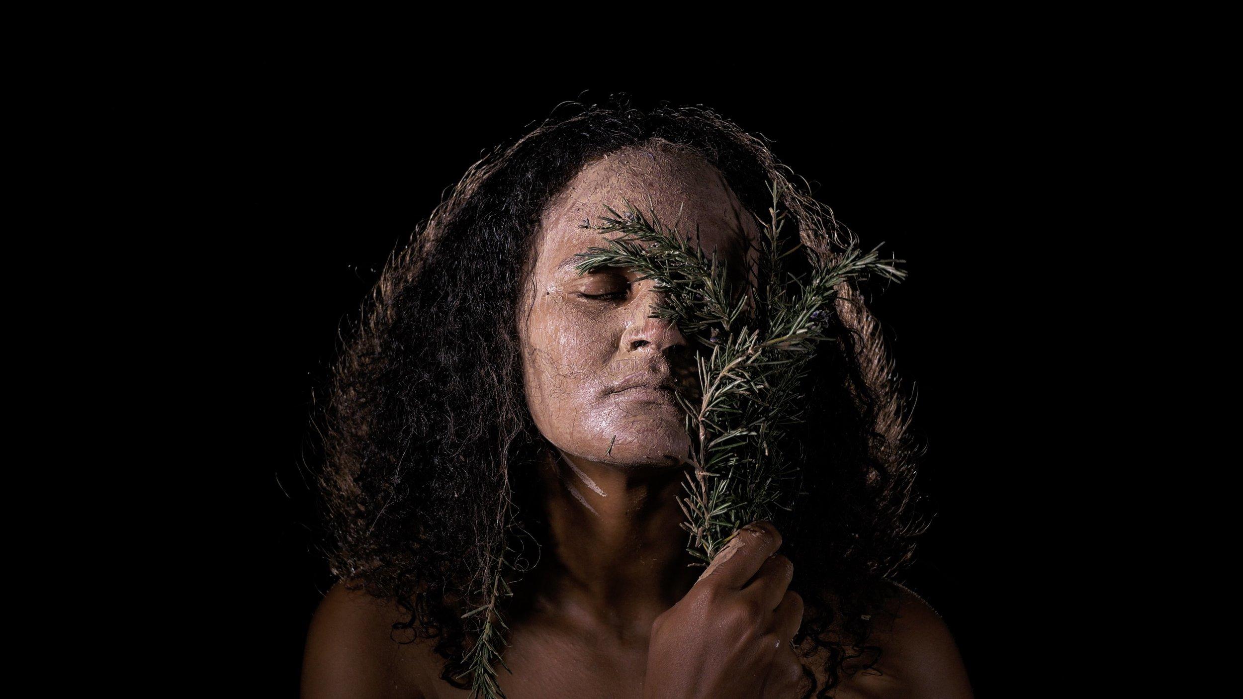 Stills from video performance by   Maritea     Dæhlin  . Camera and light: Isaac Díaz Valderrama.