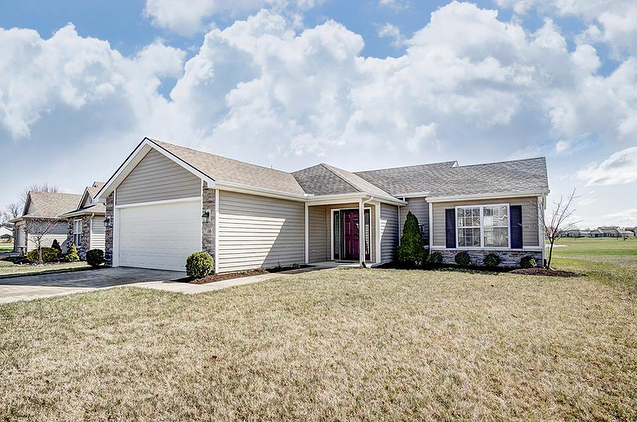 I'm excited to share this NEW ADORABLE listing with you! 7166 Desdemona Crossing in NW ALLEN SCHOOLS, 3BED/2BA and a gorgeous view! Priced at $159,000. If you are a buyer or know anyone who is, message me! #FortWayne #NewListing