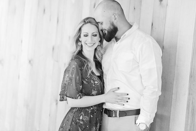 Sweet-South-Cottage-Engagement-Tallahassee-Florida_0006-800x534(pp_w685_h457).jpg
