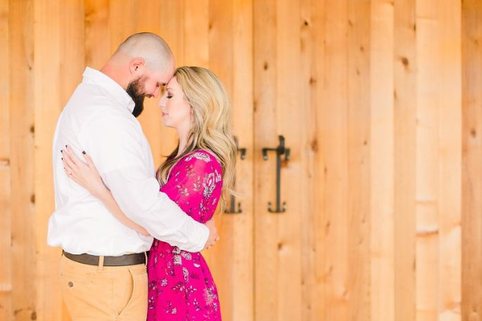 Sweet-South-Cottage-Engagement-Tallahassee-Florida_0007-800x534(pp_w685_h457).jpg