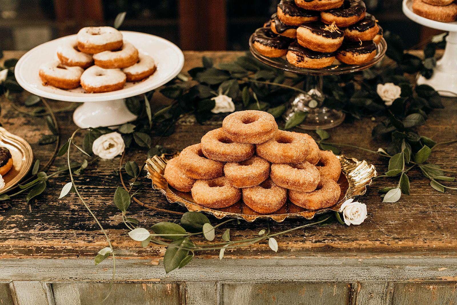Casey-Josh-Pearl-In-The-Wild-Tallahassee-Wedding-103_websize.jpg