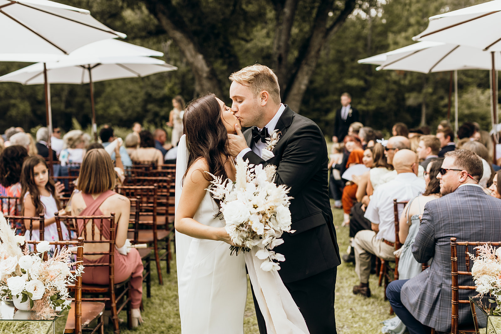 Casey-Josh-Pearl-In-The-Wild-Tallahassee-Wedding-135_websize.jpg