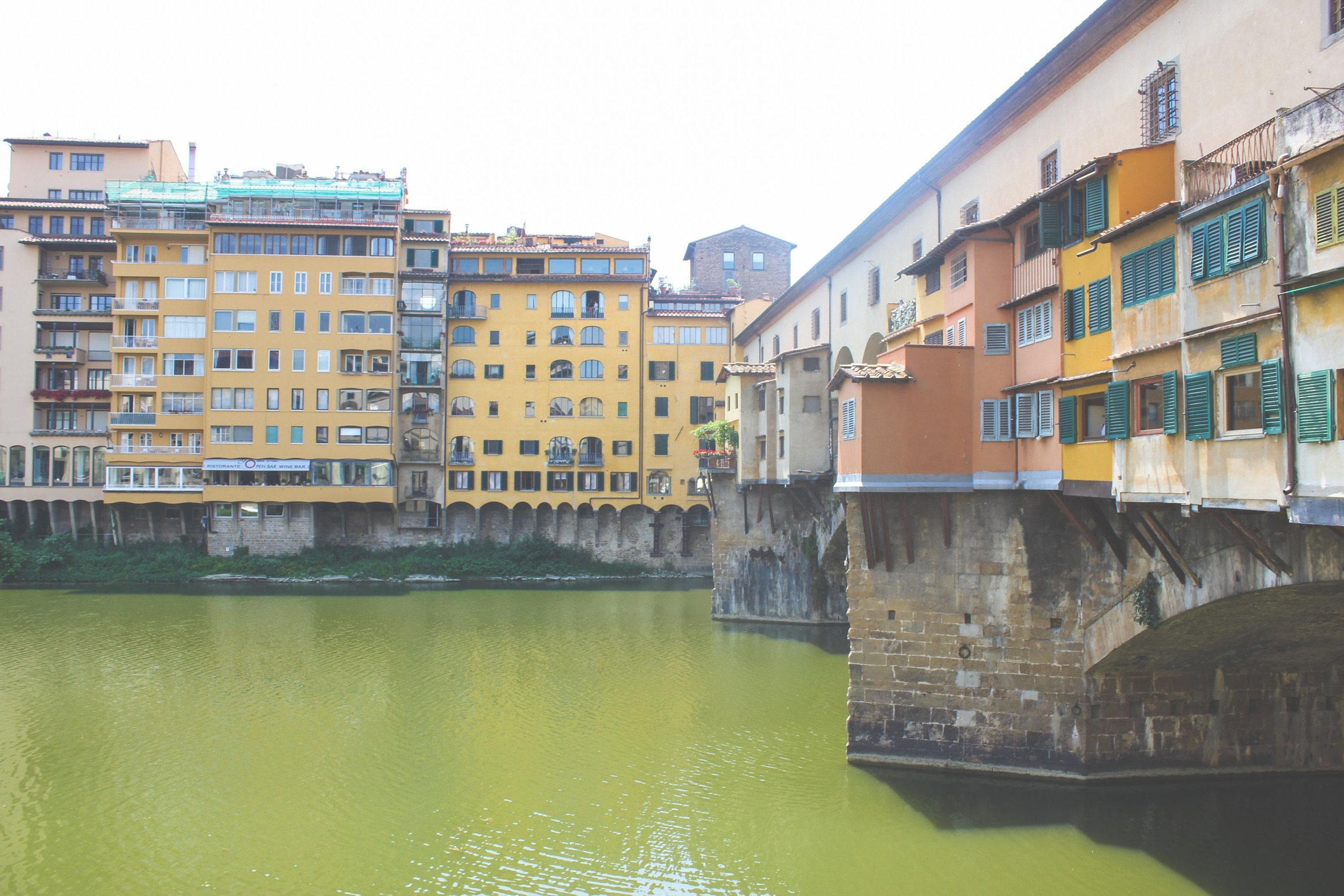bridge-colorful-houses-florence-Shamia-Casiano.jpg