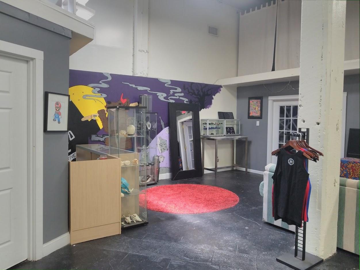 TEC store.jpg