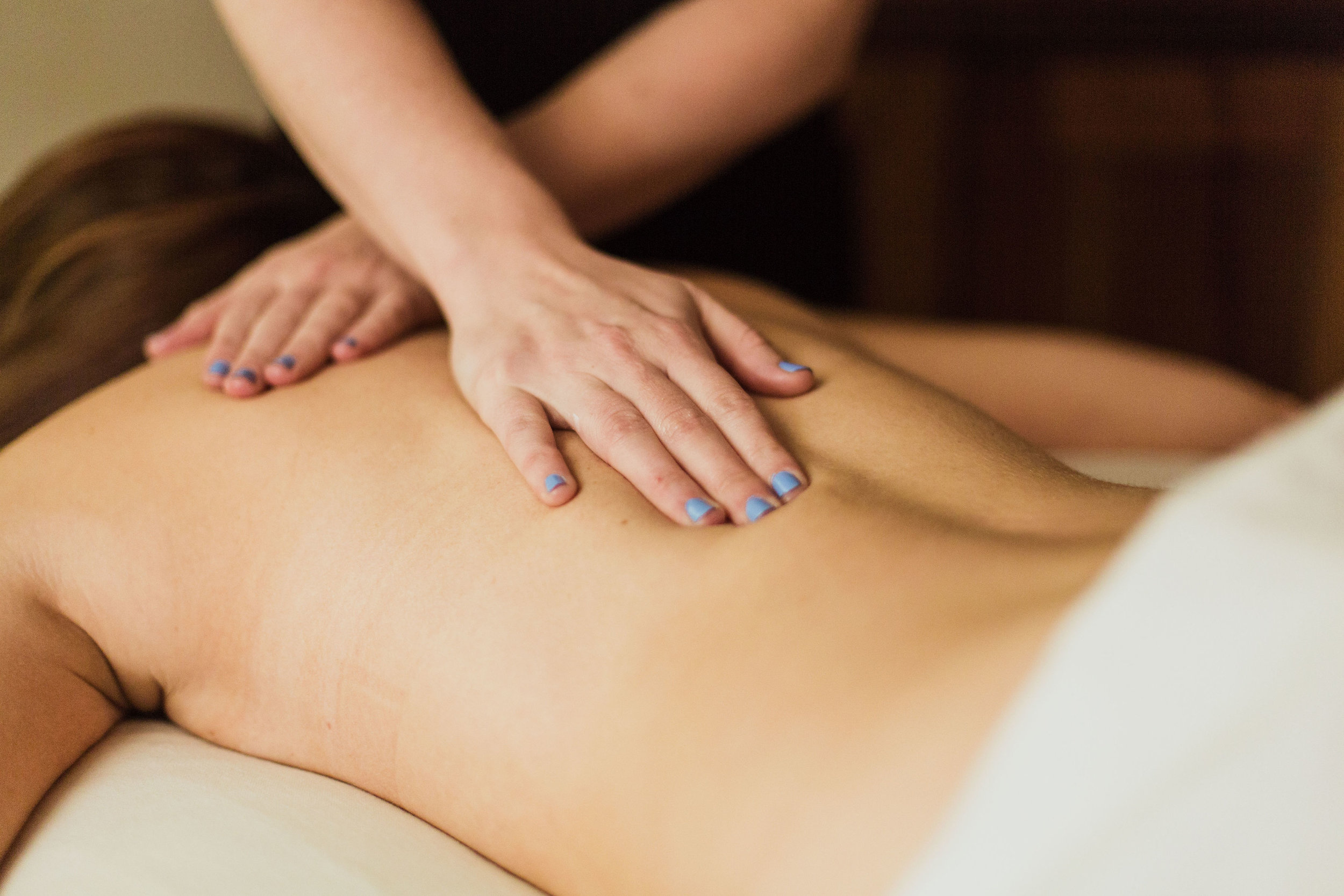 signature massage TOLA.jpg