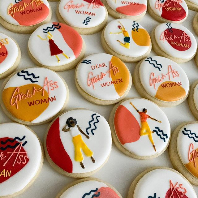 If you're a Grown Ass Woman throw your 🙌🏽🙌🏽🙌🏽 up! Made these cuties for @cyndiespiegel and the launch of her new platform @deargrownasswomen . . . LOVE the color palette and design by @dotteddesign - check out our stories for a peak at the fantastic launch party planned by @colorpopevents . . . #baketheworldabetterplace #bakersgonnabake #deargrownasswomen #customcookies #cookiesforacause #cookies #sugarcookies #decoratedcookies #royalicing #royalicingcookies #edibleart #sprinkles #cookieart #cookiegram #icing #brooklyn #brooklynbaker #madeinbrooklyn