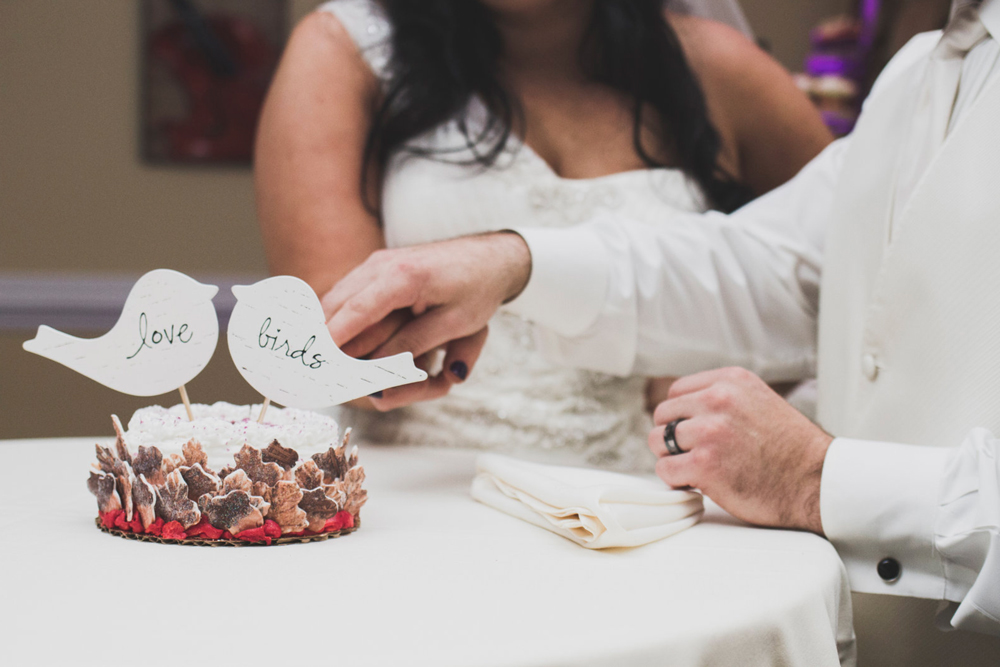 HMWedding-BrideCake-02.jpg