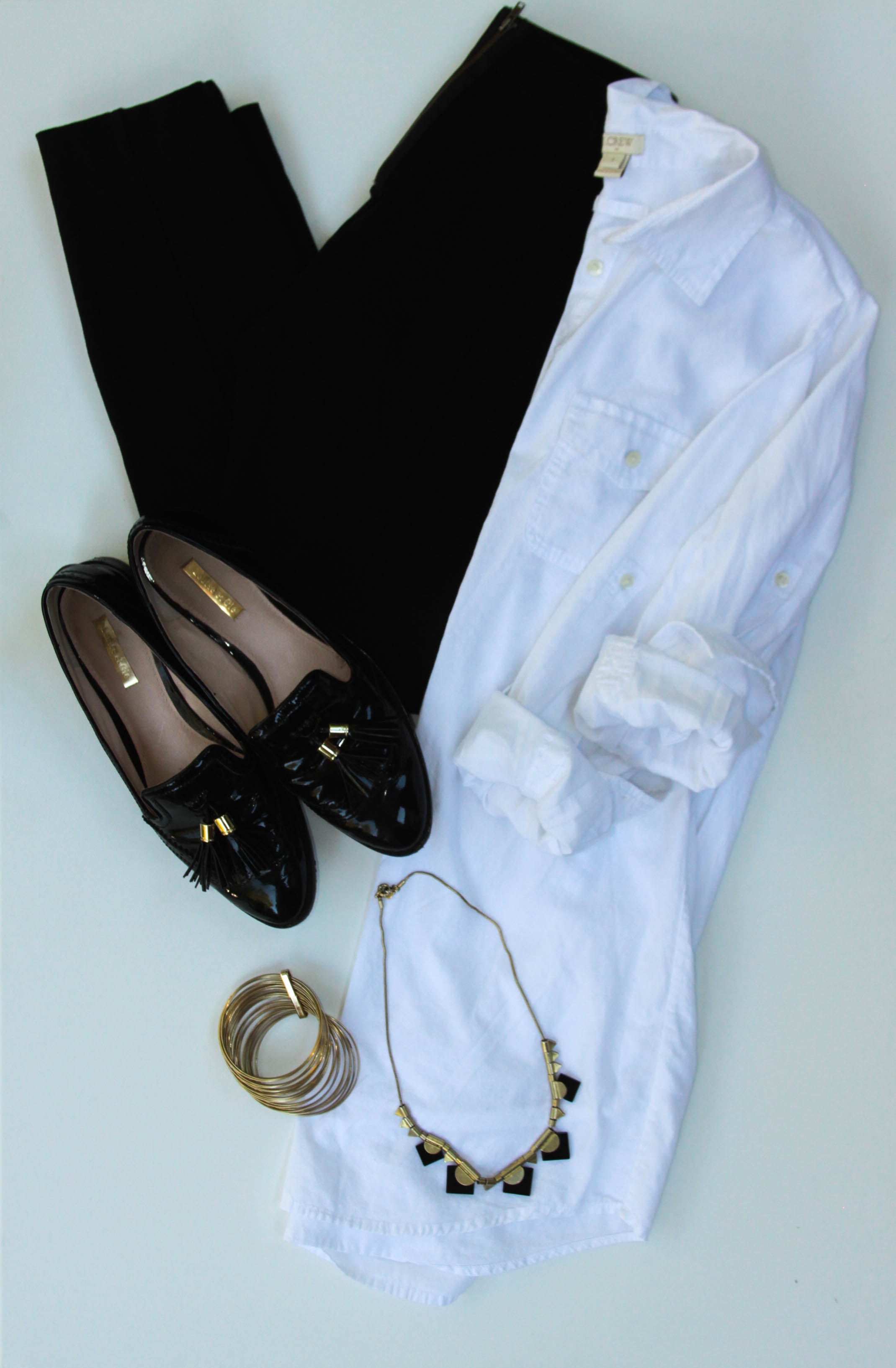 J. Crew Pixie Pant  |  J. Crew Factory Tunic  |Patent Leather Loafers ( Similar ) | Madewell Necklace ( Similar )| Gold Bracelet ( Similar )