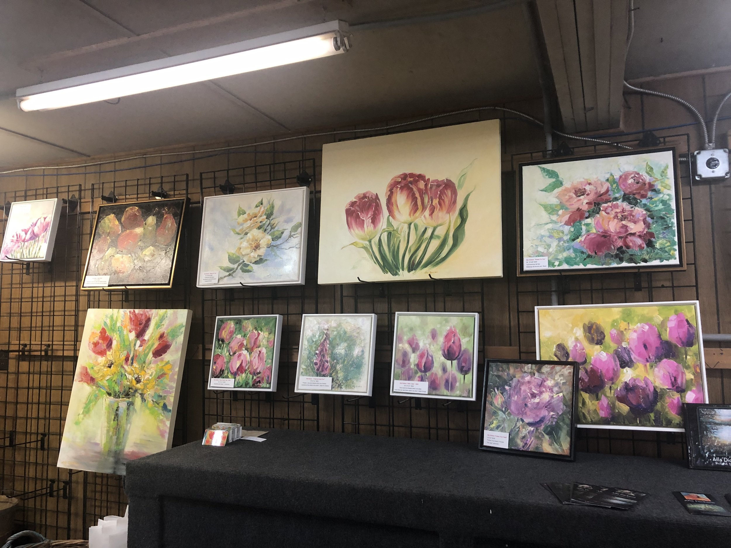 One of the artists that were choosen in the past for Tulip Time has her art work on display. Also, she bringing artists into the fields to paint.