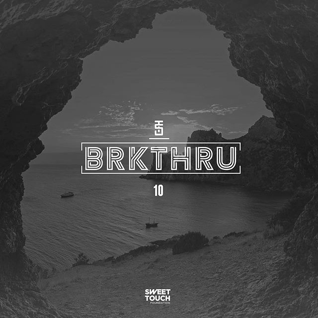 The Breakthrough 10 is now up at www.stfdjs.com ⚡️New music from @djgrouch @middlefieldmusic @goldlink, plus remixes by @wristpect @djillo, throwback joints + more 💥 || #STFBrkthru