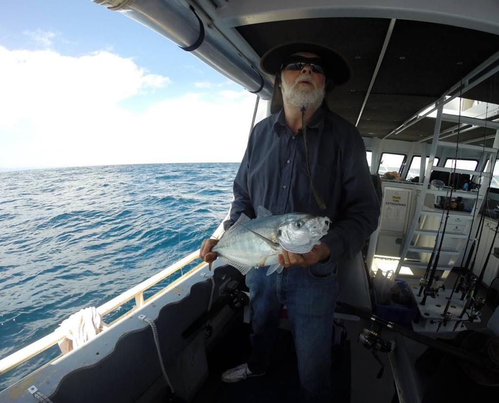 Boat charter & fishing