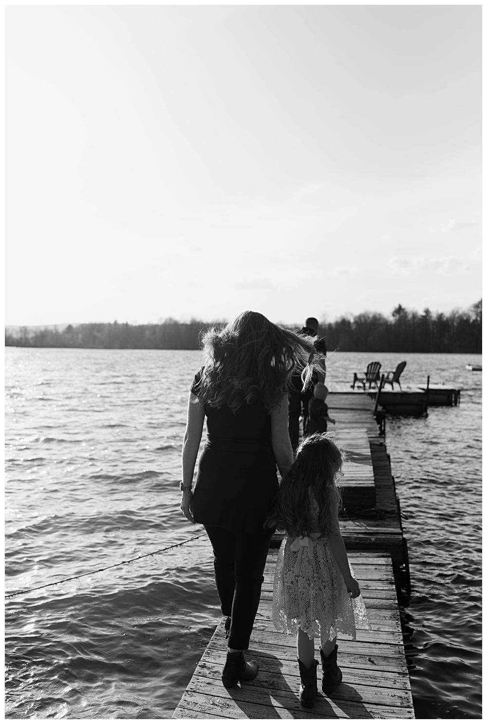 Adirondack Family Photographer- Great Sacandaga Lake NY_0018.jpg