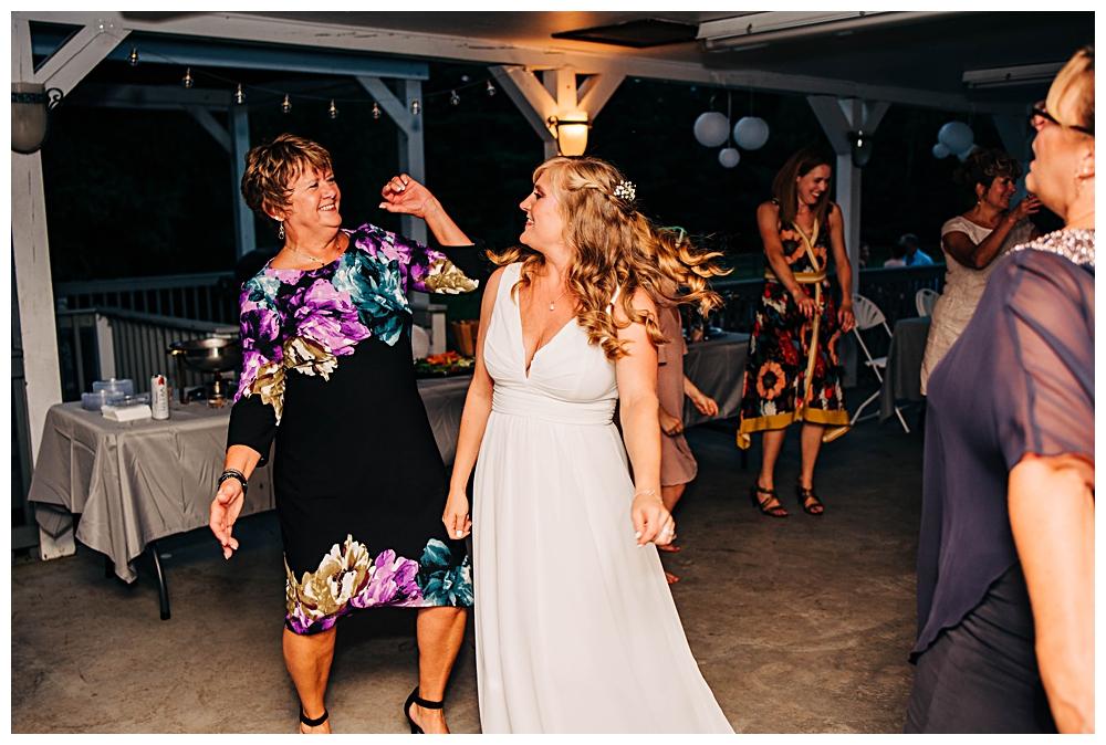 Saranac Lake Wedding Photographer_0250.jpg