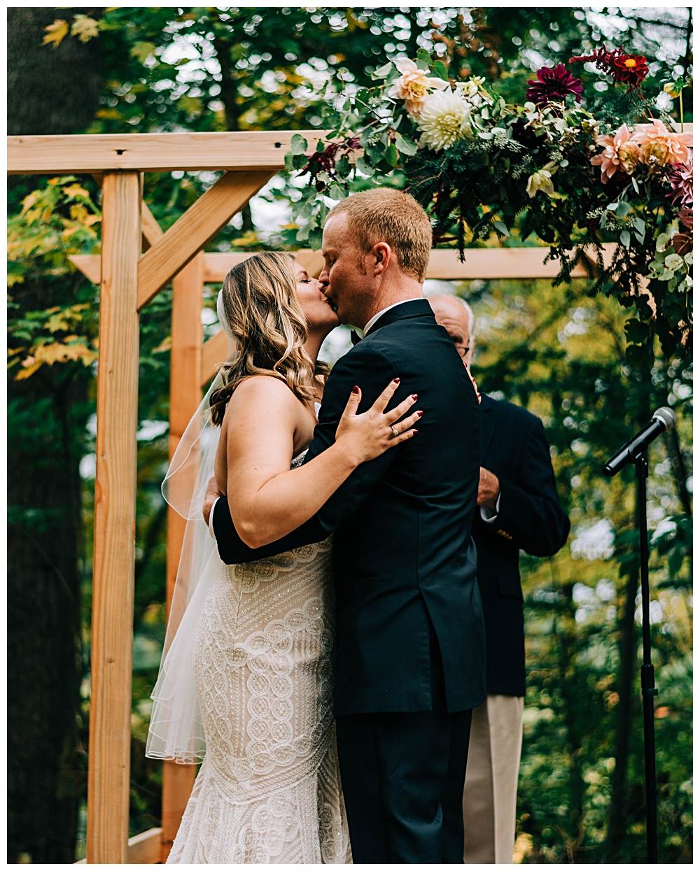 Saranac Lake Wedding Photographer_0085.jpg