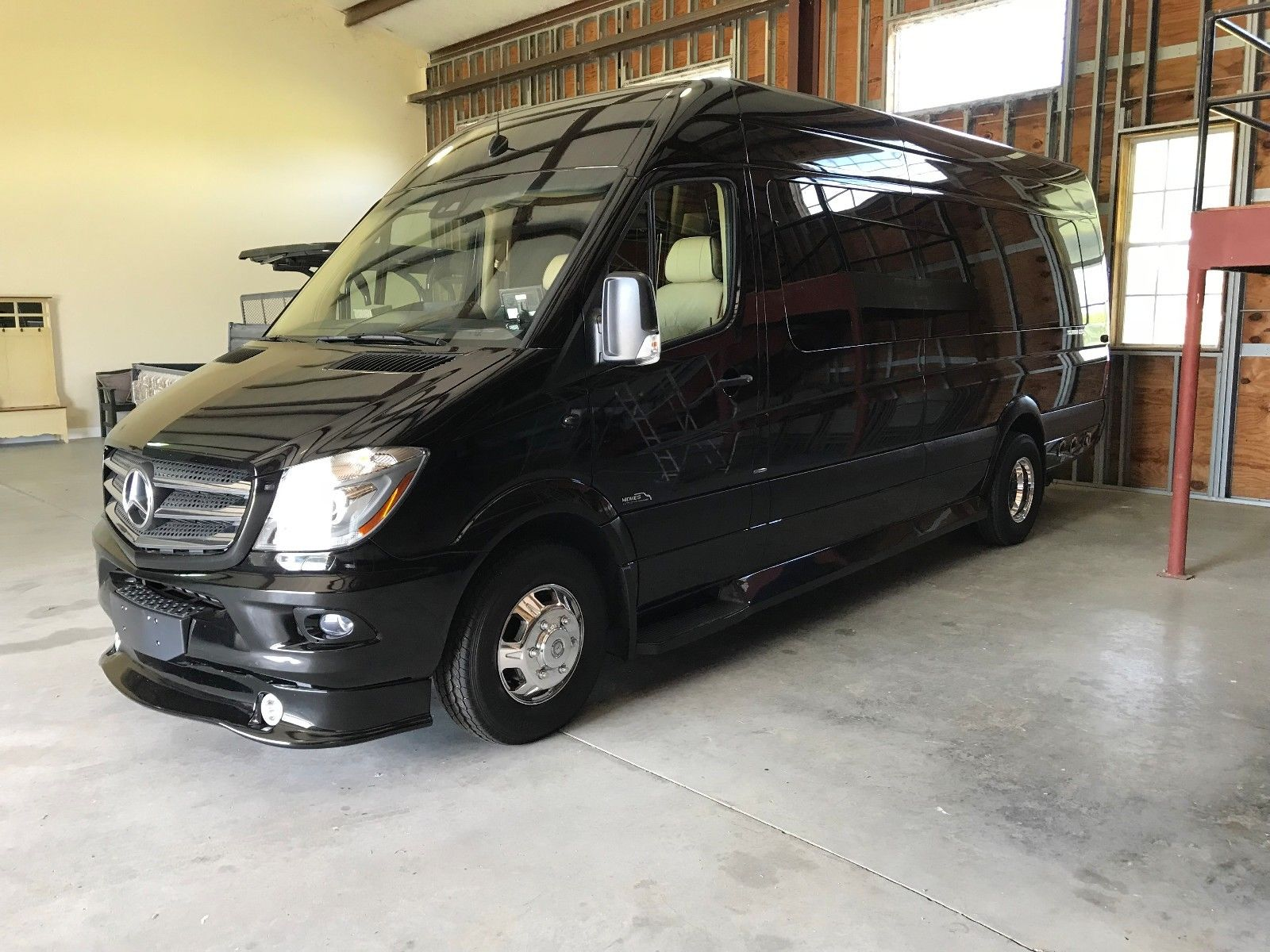 Mercedes Sprinter 10 Passenger Day Cruiser $2000/week or $450/day
