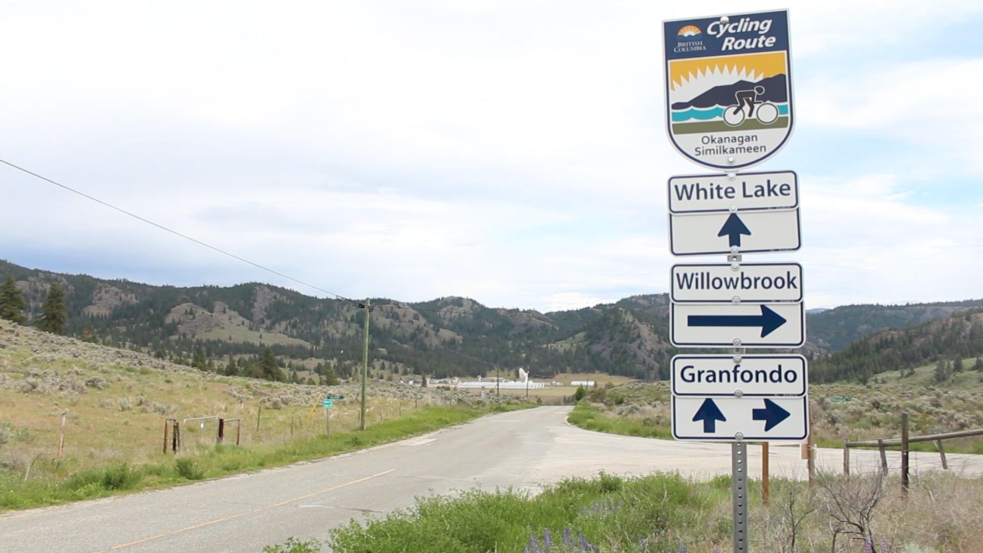 Cycling Sign - White Lake Willowbrook.jpg