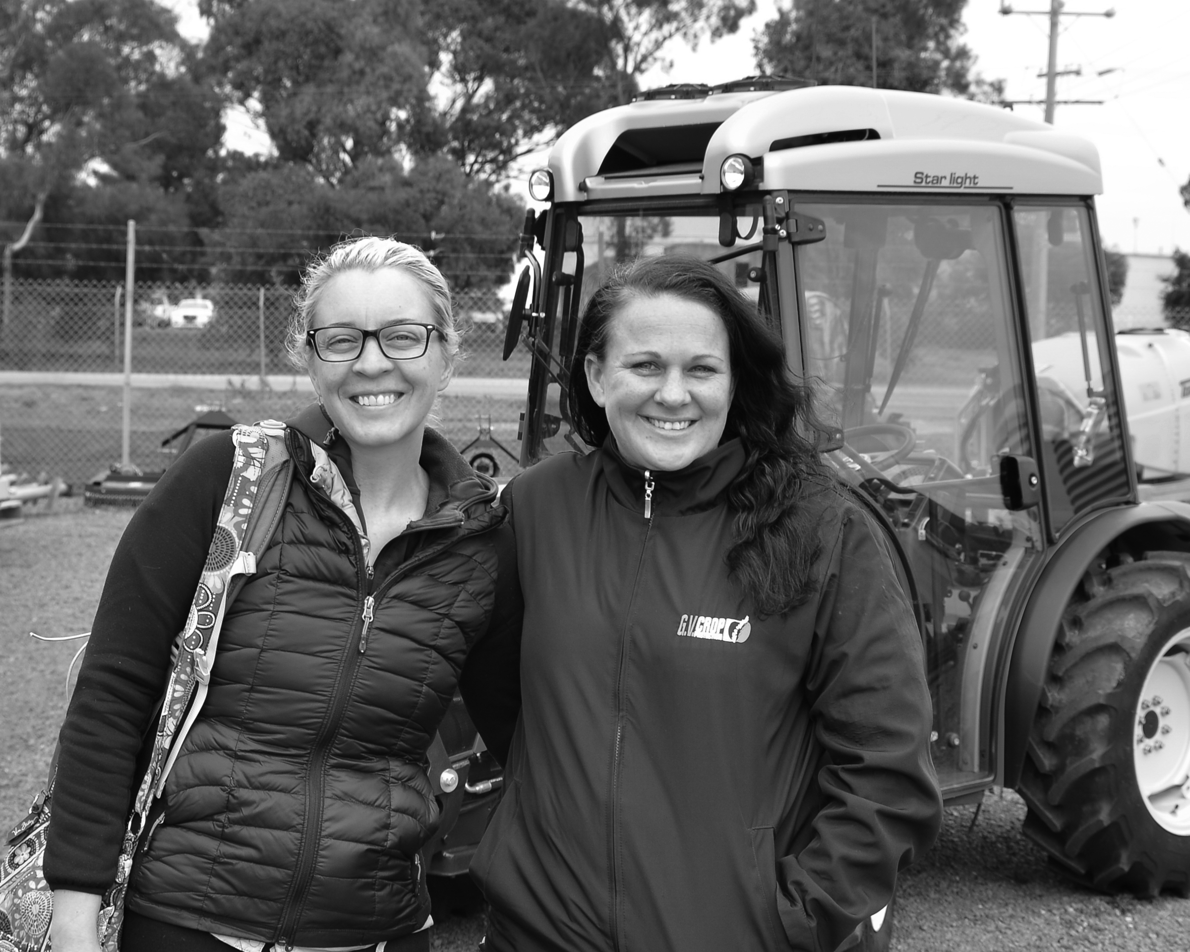 Tagen Baker (PhD student from Idaho, USA) with Elizabeth Mace, Field Officer for G.V. Crop Protection, Goulburn Valley, 2016.