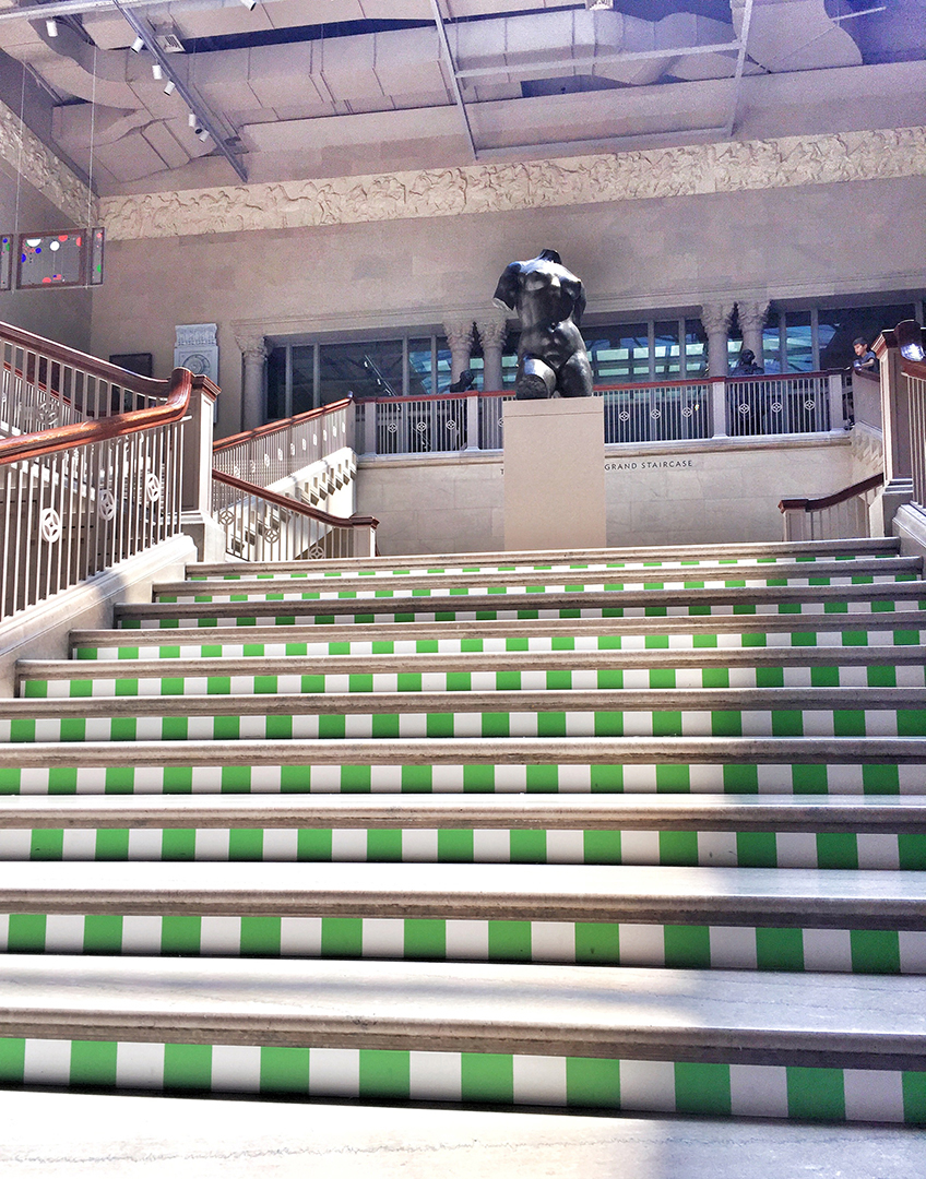 The Art Institute of Chicago's Grand Staircase, August 8, 2017.  *I have to note that my photos are not taken with a hi-res camera, nor with a tripod, so there are times that photo may look a bit skewed; it does not help that I'm short of stature, so my point of view may cause some glare from the lights above. Hey, I try my best, but just a warning that these are not professional pictures.