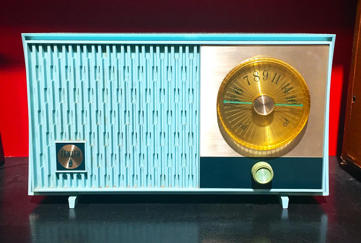 1950's Zenith Portable Radio