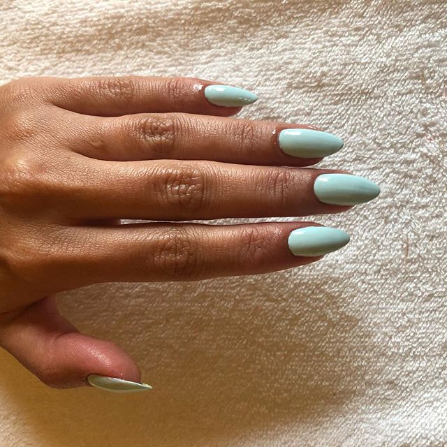 Manicures are always in season.  Visit my website for more services! Link in bio. . . #nails #mani #manicure #naturalhairstyles #naildesigns #nailsofinstagram #beauty #makeup