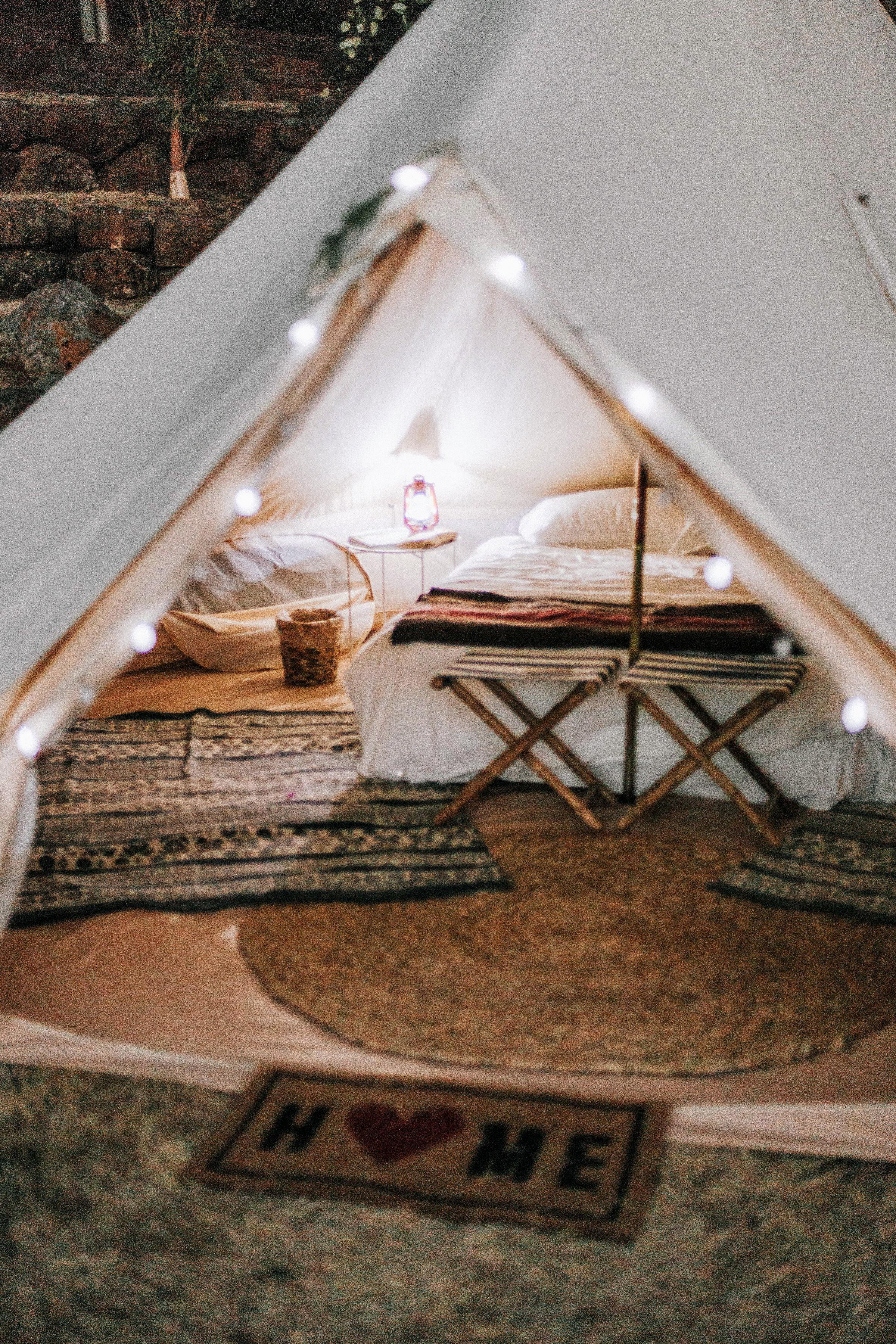 glamping tent at night - Life inTents