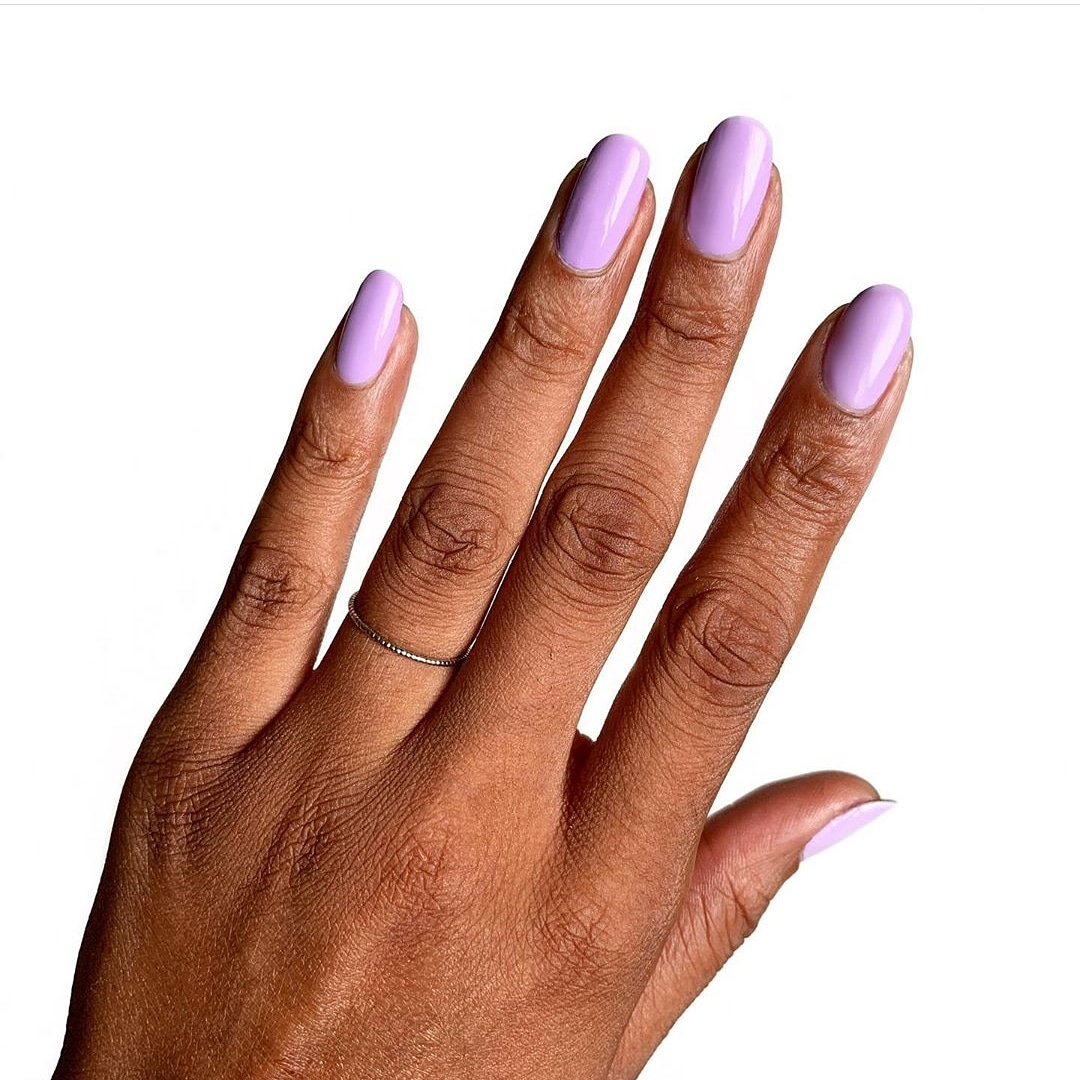 people of color beauty-purple-nail-polish.jpg
