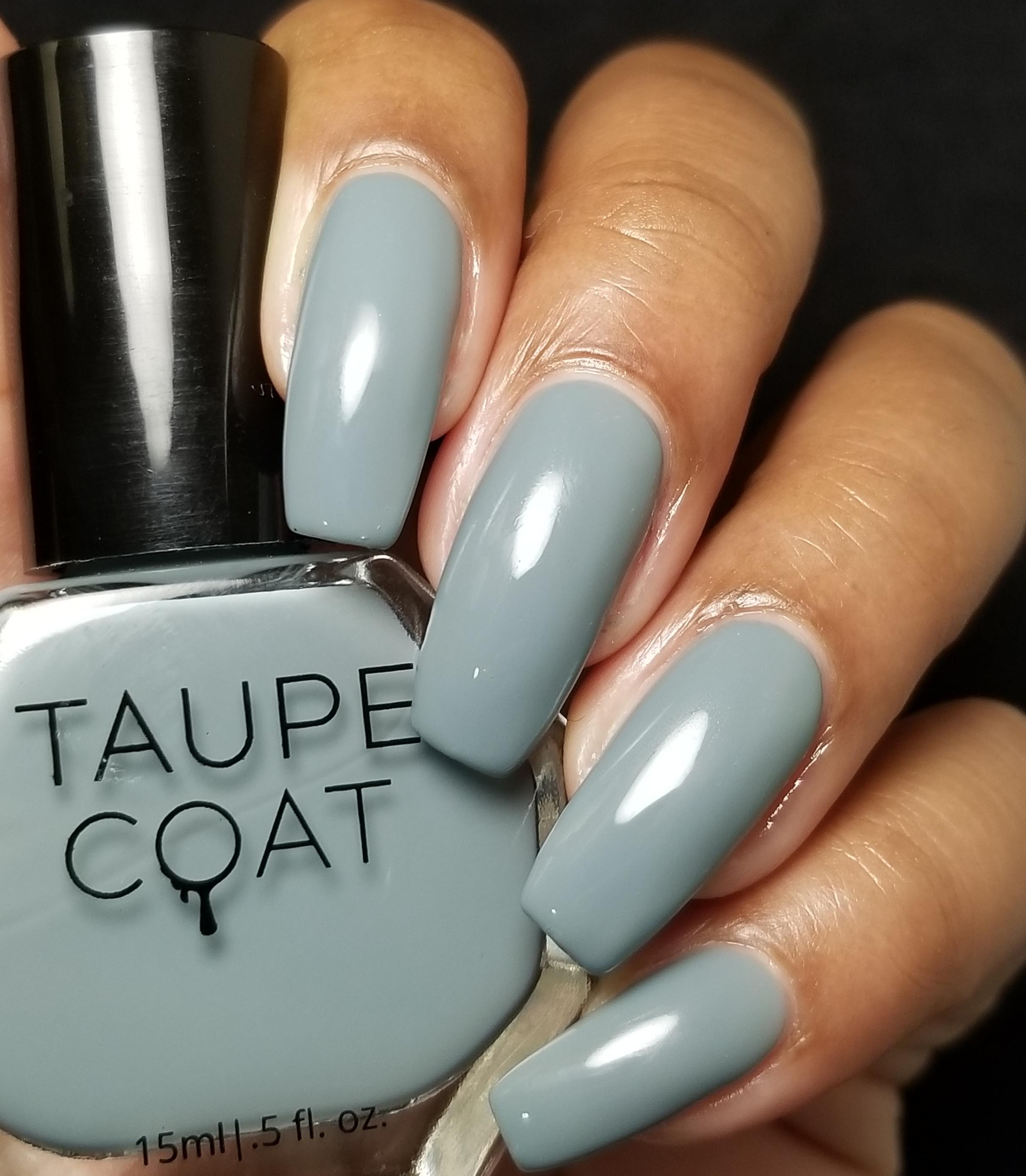 taupe-coat-nail-polish