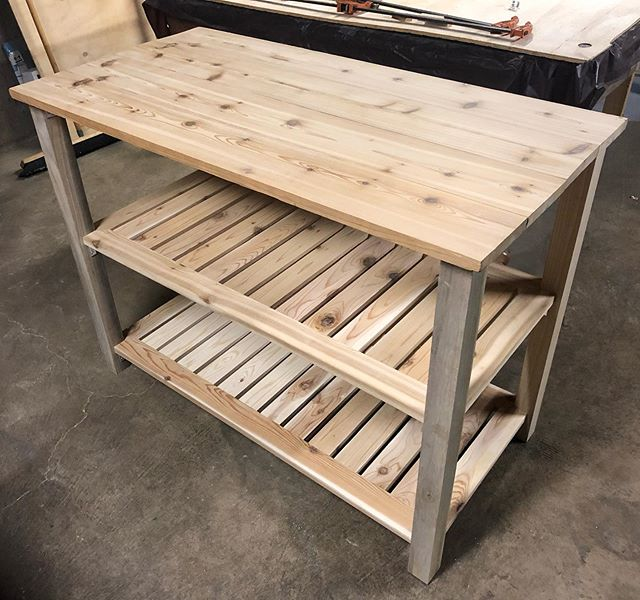 Been awhile since I last posted. Tessie and I moved to a small apartment in Chicago so we've been busy building new furniture to fit our needs! Here's a cool mobile kitchen island we made to help cook and prepare food on!