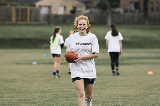 Want to improve your football these school holidays ? Our Future Holiday Skill Intensive is for you. Develop your football fundamentals and improve your game sense with our @aflwomens players 🌟 ⠀⠀⠀⠀⠀⠀⠀⠀⠀ When: Thursday 11th of July 2019 Where: Kingswood Secondary College, Box Hill Time: 10am - 3pm Cost: $99.95 + Free GFA Top Rookies Group: 12 years and below  Advance Group: 13 to 18 years old ⠀⠀⠀⠀⠀⠀⠀⠀⠀ Register https://www.girlsfooty.com.au/register/futures-holiday-skills-intensive-11th-july