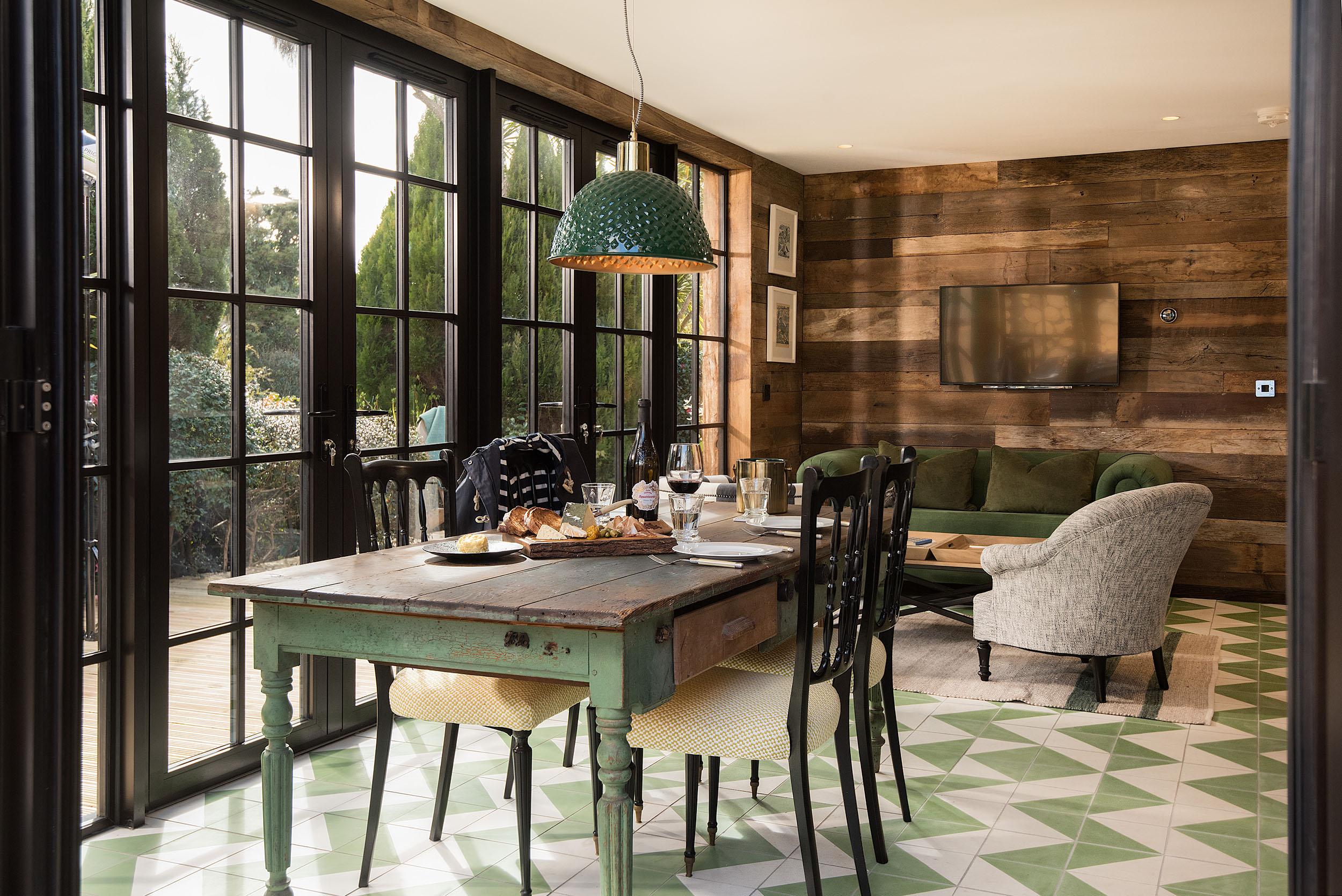 Helen Hughes Design_Merchants Manor Apartments_49.jpg