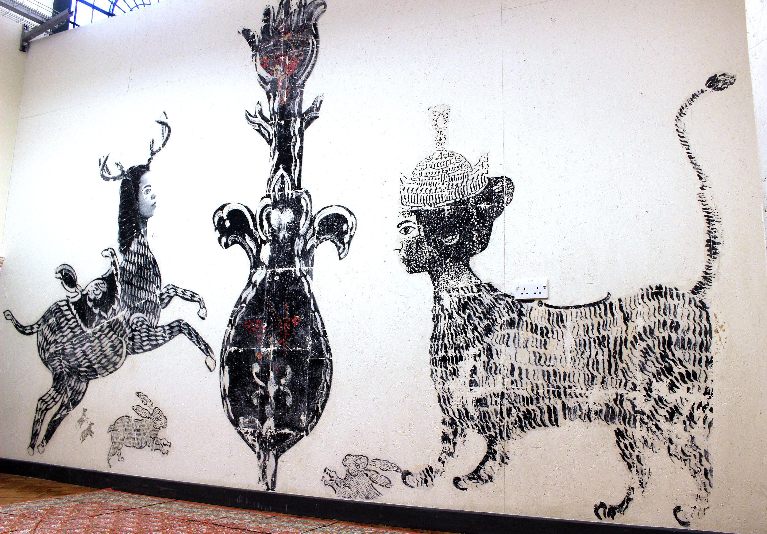 Barrage animeerde in mei een workshop in Tate Modern in London, waar deze muurprint te zien was.