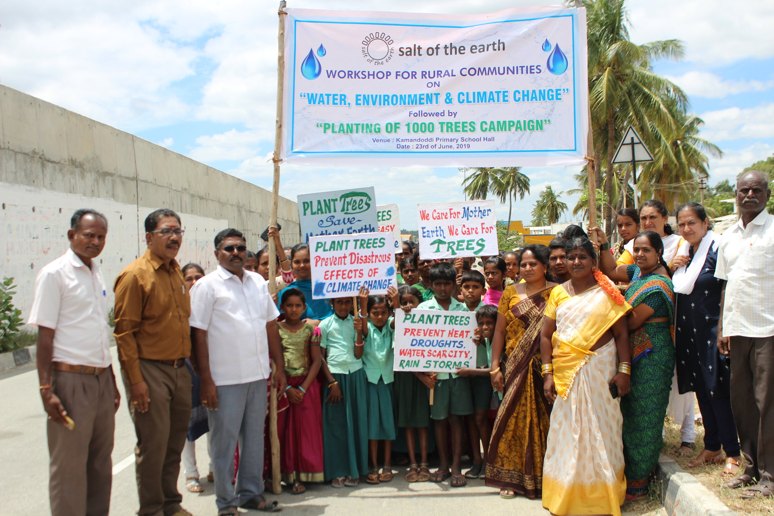 Environment Rally going around the village  (5).JPG