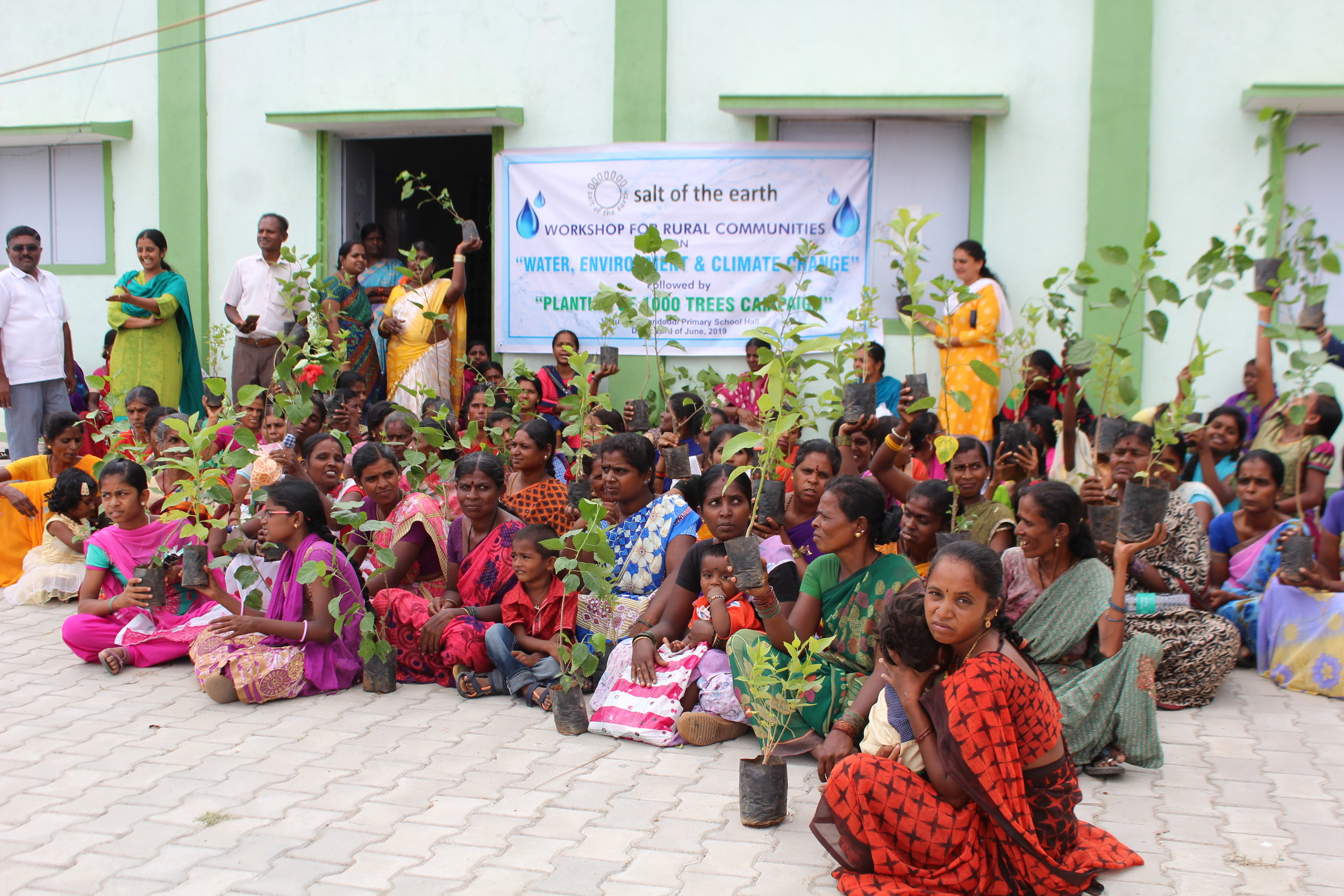 Each particpant also got one tree to be planted at home  (4).JPG