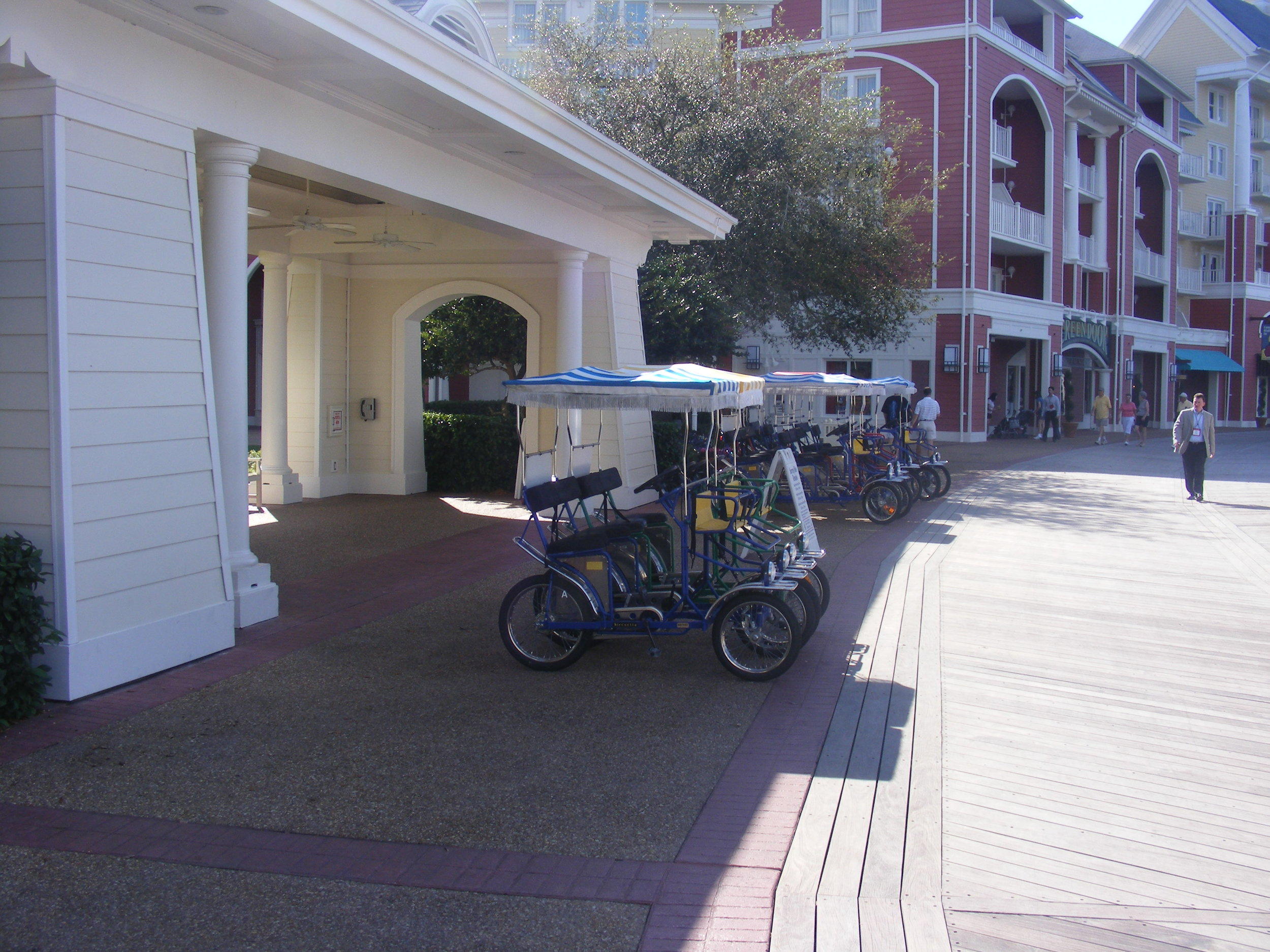 Promenade Vehicles, Disney's BoardWalk