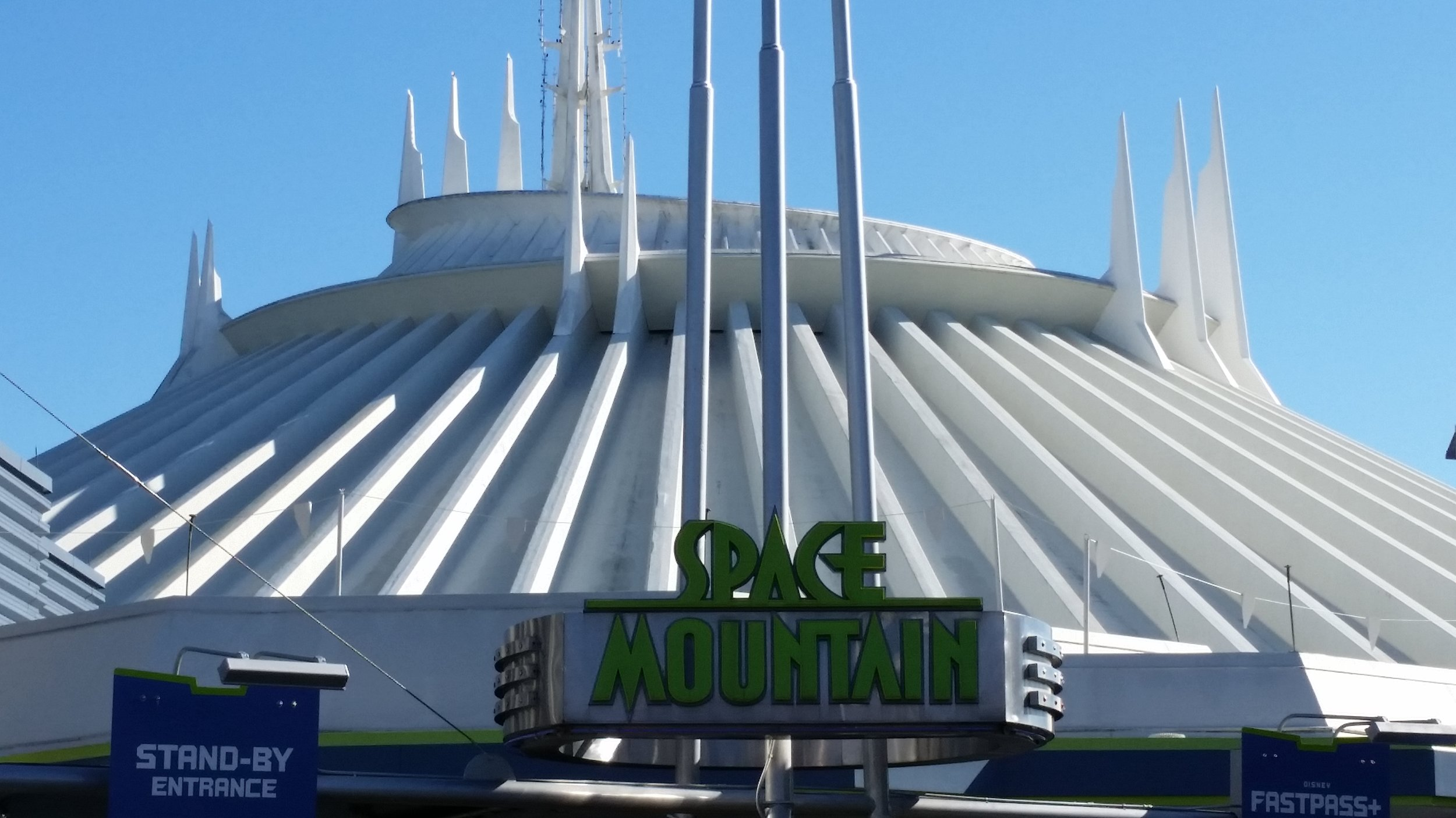 Space Mountain, Tomorrowland, Magic Kingdom