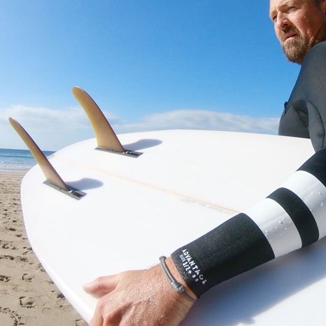 "A few things for you ... 😀 1) HSC @hurleysurfclub_eu coaching session is ON! This Sunday in Newquay ... there should be fun waves in the bay ... hit the link in my bio - session might be full already - but get on the waitlist - you never know! The fastest way to improve your surfing!  2) This board ... the truly original and properly functional ""Duo"" by @nealpurchasejnr such an exciting craft to get the opportunity to try ... loved it! It made me look at my surfing in a different light and started opening my mind ... just a bit! And the fact that Neal was out there tearing into a few waves made it that much more special ... lovely man! We actually spent a few days together for an upcoming feature for @surferspath . If you want to try one yourself - head over to @open.surf in St.Agnes and join their board club ... try as many epic boards as you could possibly dream of ( and once you find your perfect match you can even go and shape it yourself!!! 3) and talking of epic .... thank you, thank you, you most marvellous folks @hurley ... just had a couple of sessions in the new #elite Advantage wetsuit ... oh my goodness! Best suit ever - super warm and flexible... the Japanese neoprene is next level buttery!!! Feeling special ! ( funny that the grey band on my wrist is also an #eliteband @myiamband ...) anyway ... proper autumn waves have just hit these blustery shores and I'm going to try to get a few before dark ... out there!!"