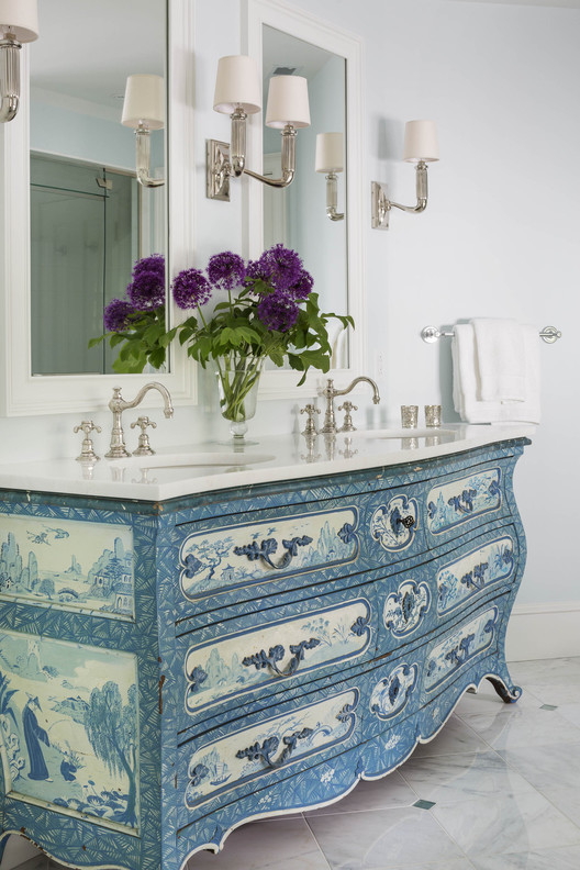 A repurposed Bombay Chest becomes a perfect vanity